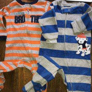Carters sleepers size 9 months